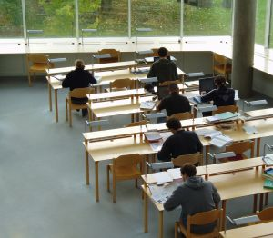 641179_studying_4