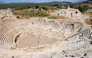 1161240_ancient_amphitheater