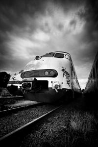 1274760_train_graveyard
