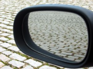 960690_cobbled_rear-view_mirror