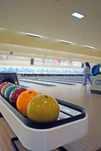 1150227_across_the_lanes