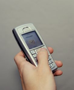 1090898_communication_2